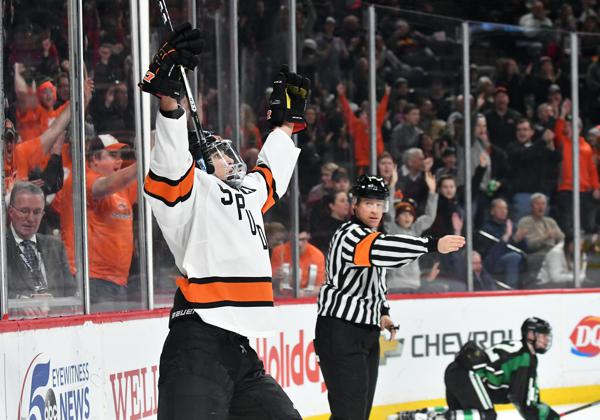MN H.S.: Spudtastic - Second Period Scoring Burst Lifts Moorhead Over Hill-Murray