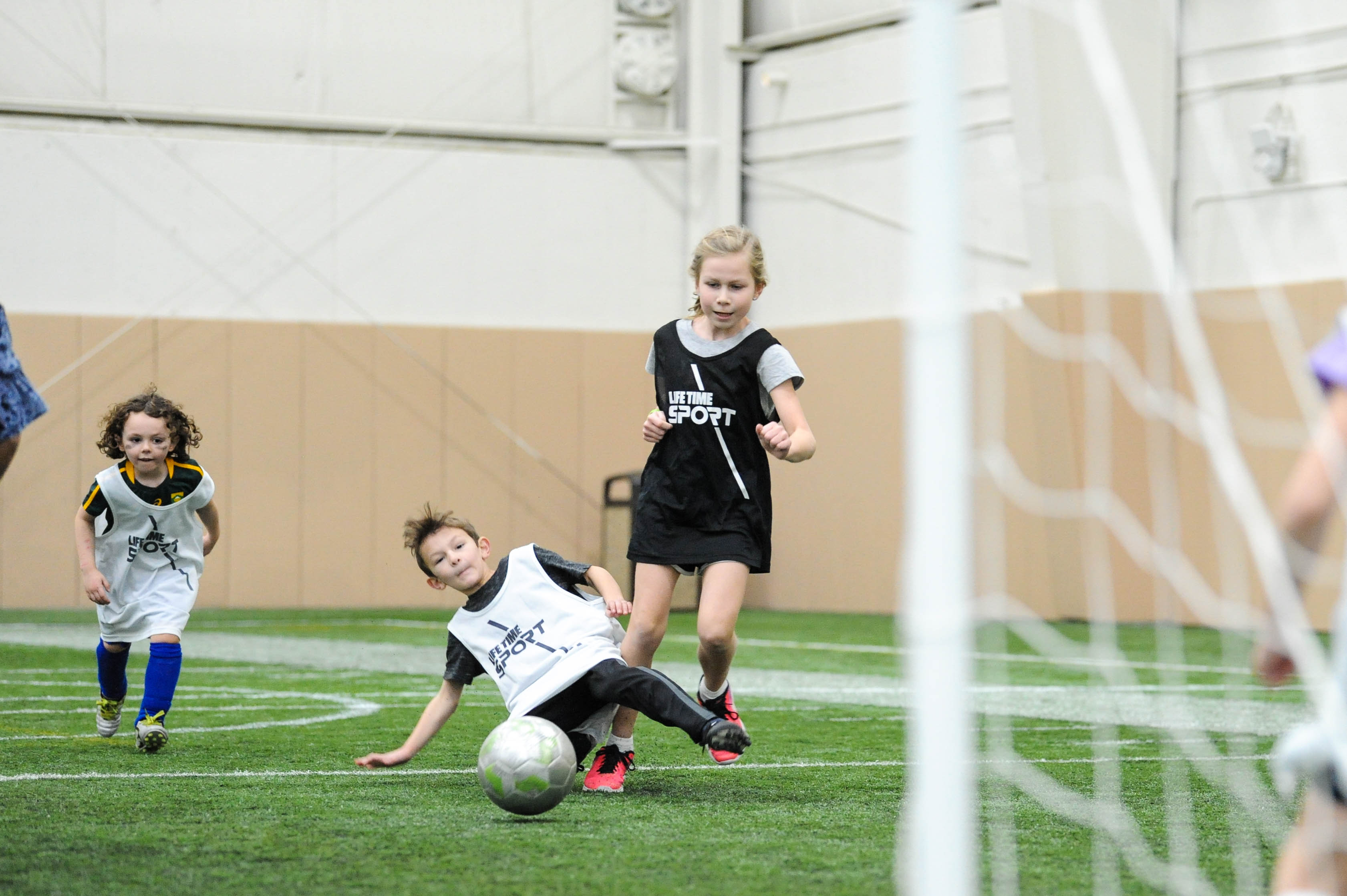 Should Kids Be Allowed To Play Soccer >> Experts Provide 3 Reasons U S Children Need To Play More