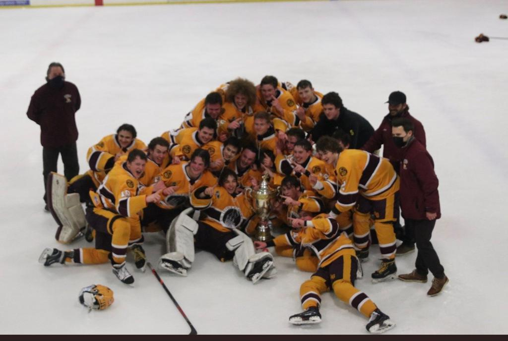Loyola Gold 2021 Champions