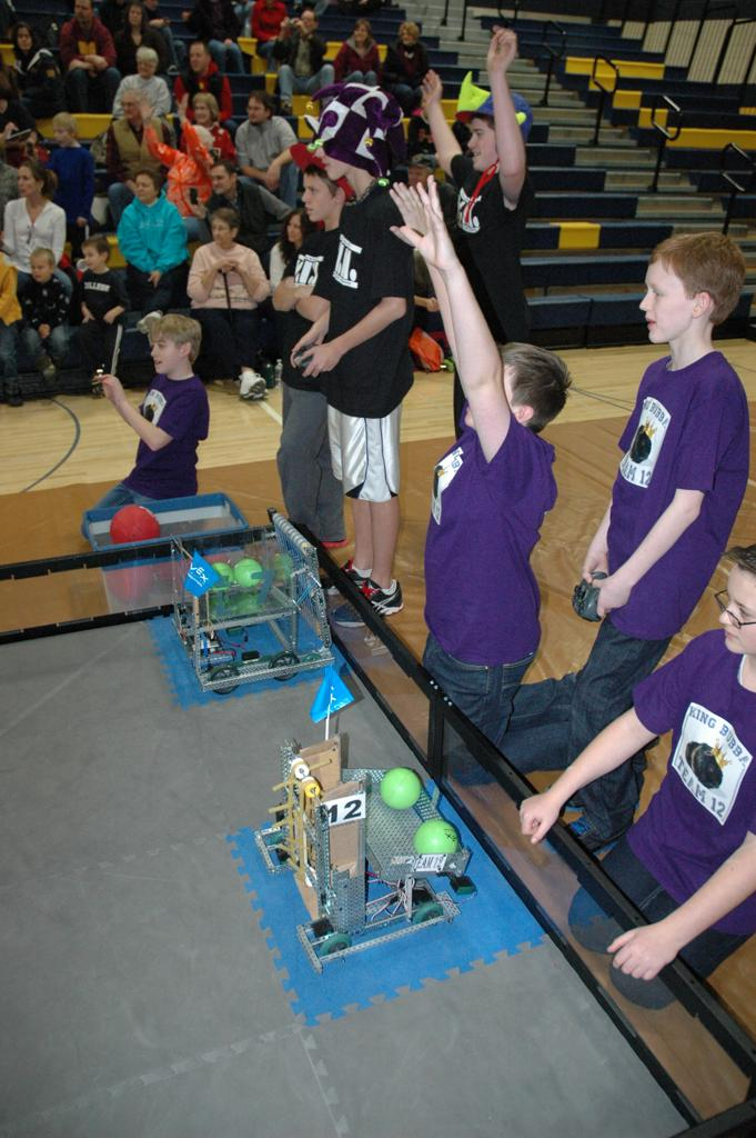Robotics Club | Photos | Laker Activities