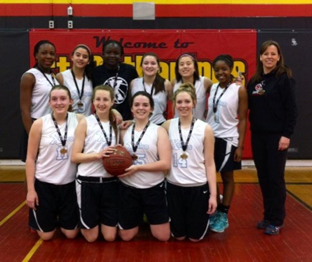 Xelles Midget Girls win Ontario Cup Championship