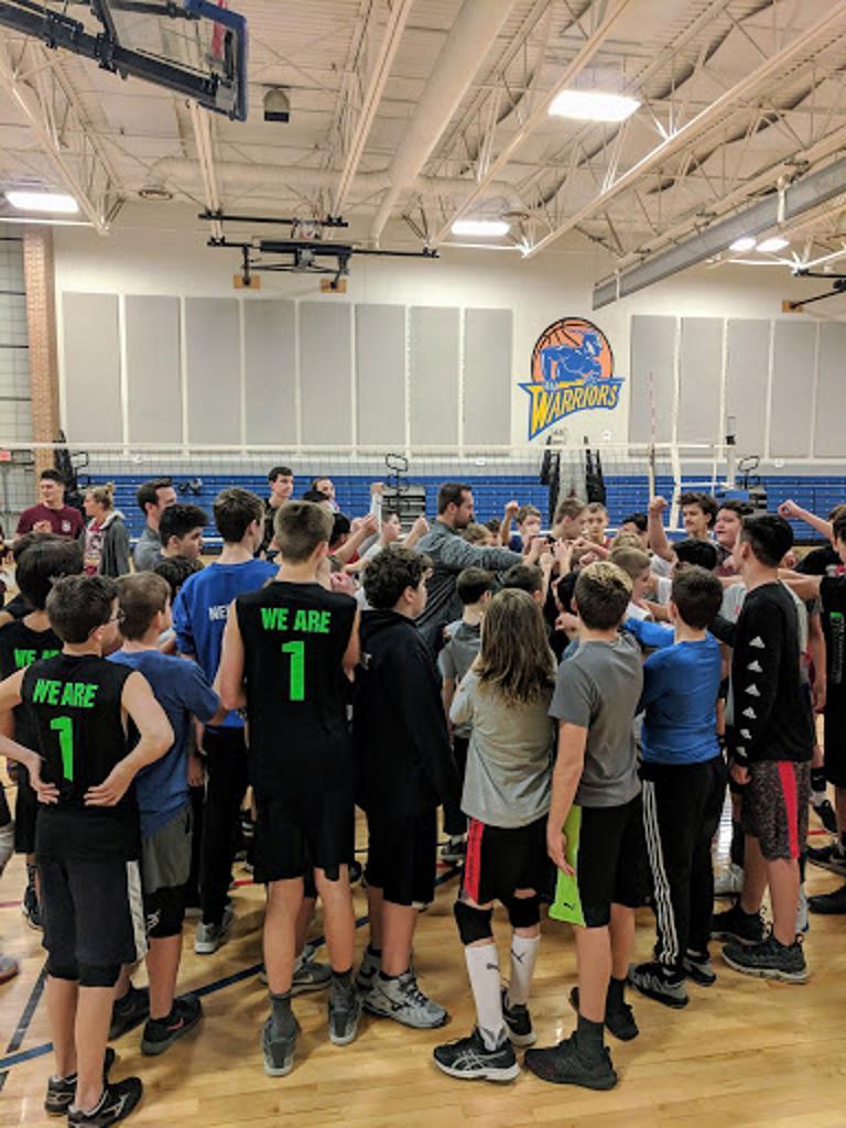 2019 14U Boys Winter Middle School Program Huddle