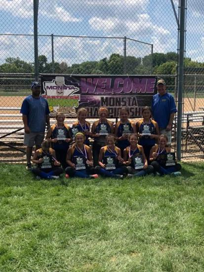 12U Black takes 3rd at Nationals this past weekend in Lakeville.  Congratulations!!