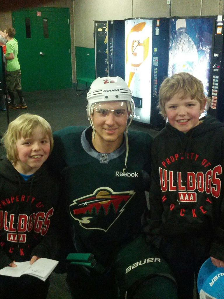 Bulldogs Players with Minnesota Wild's Nino Niederreiter