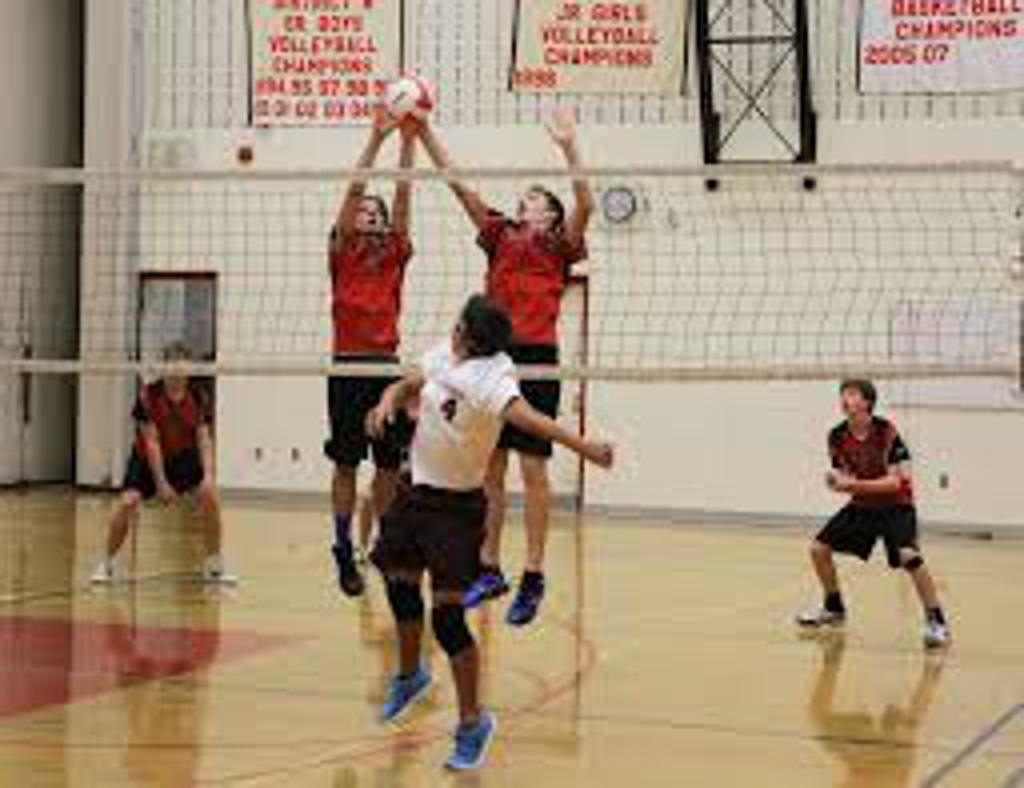 Boys Winnipeg Volleyball