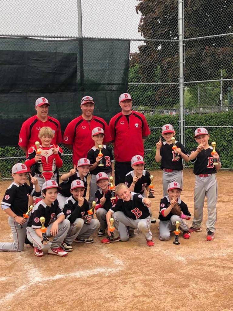 u9 Red - Lincolnshire Tourney Champs!