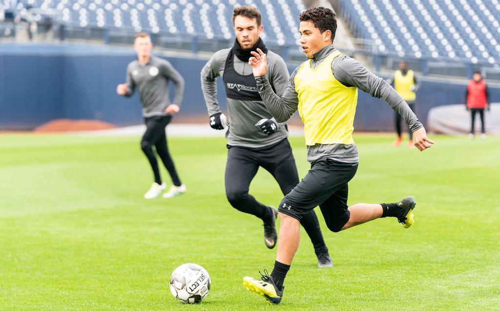 Vinnie Vermeer runs downfield in Nashville SC training
