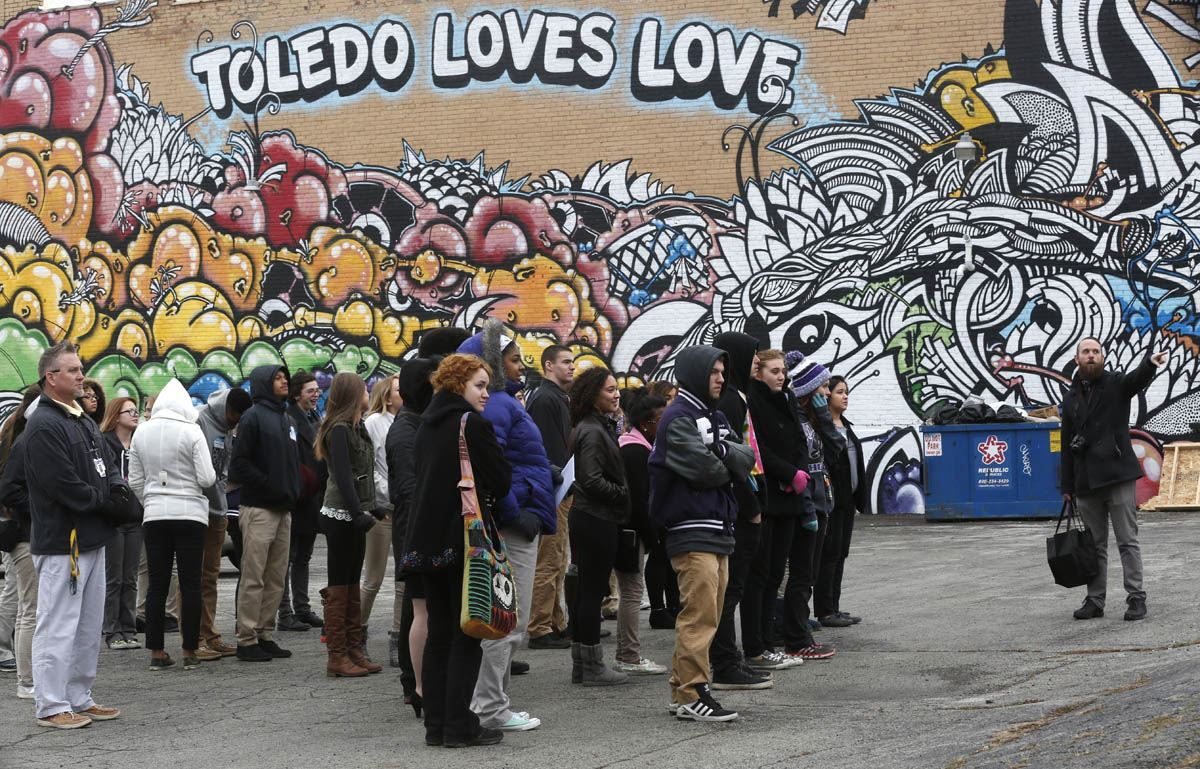 Haircut coupons toledo ohio - Fremont Ross High School Photography And Art Teacher Bradley Scherzer Right Takes The Students On A Mural Tour In Downtown Toledo Though Scherzer Didn T