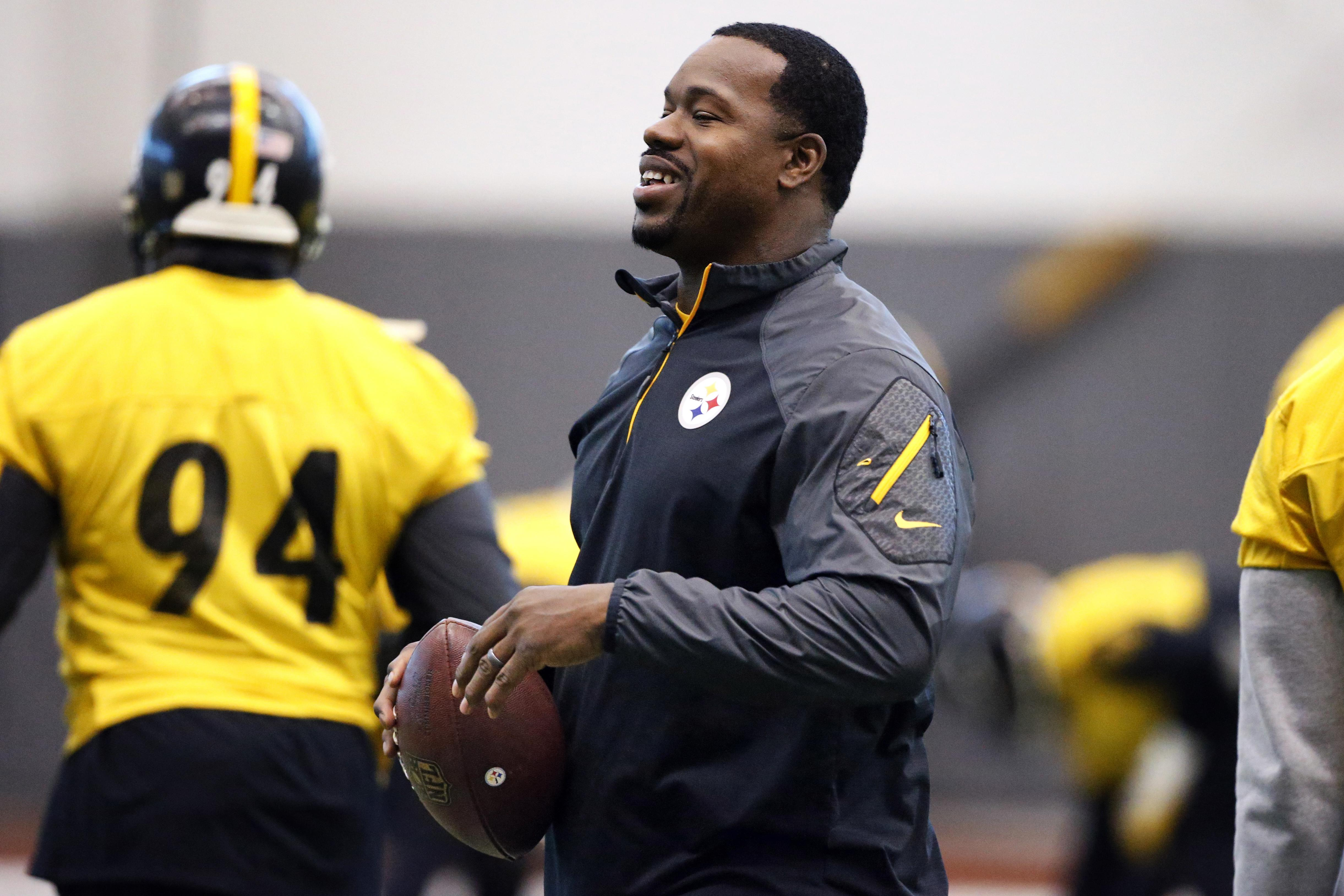 Steelers assistant coach Joey Porter has been arrested at a Pittsburgh bar following the team's wild-card win over the Miami Dolphins on Sunday. ASSOCIATED PRESS
