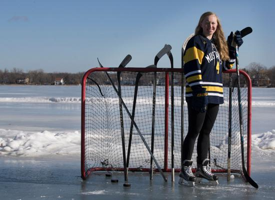 MN H.S.: Girls - Grace Zumwinkle Of Breck Named Ms. Hockey