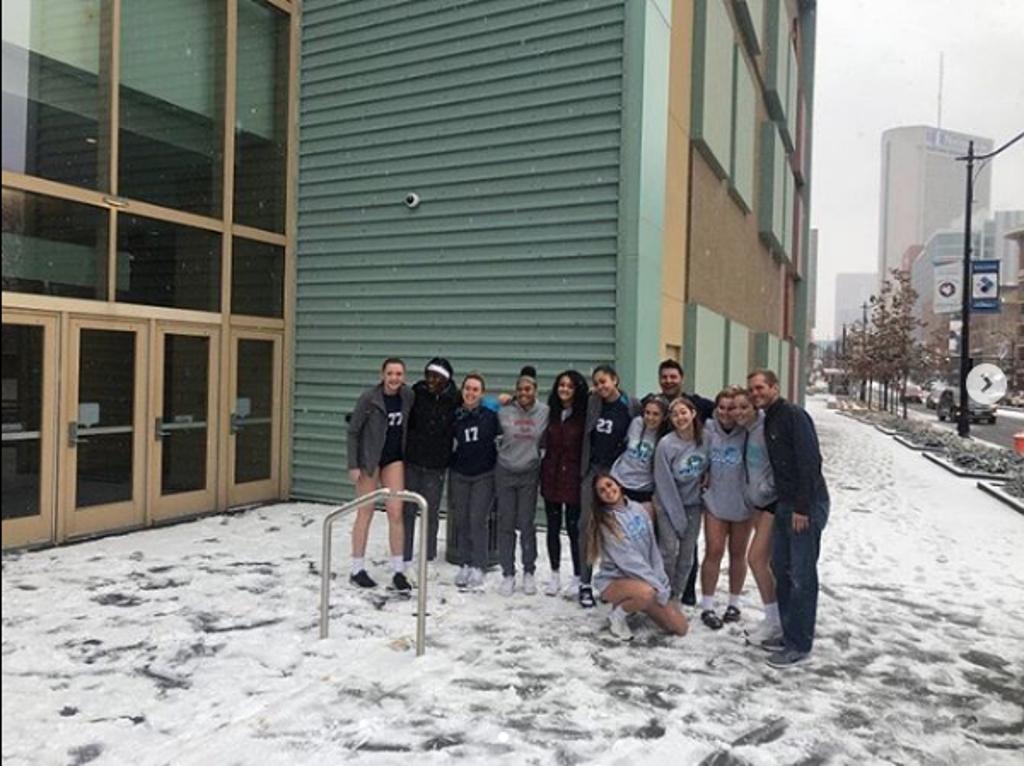18 Elite Enjoying the Snow in Ohio