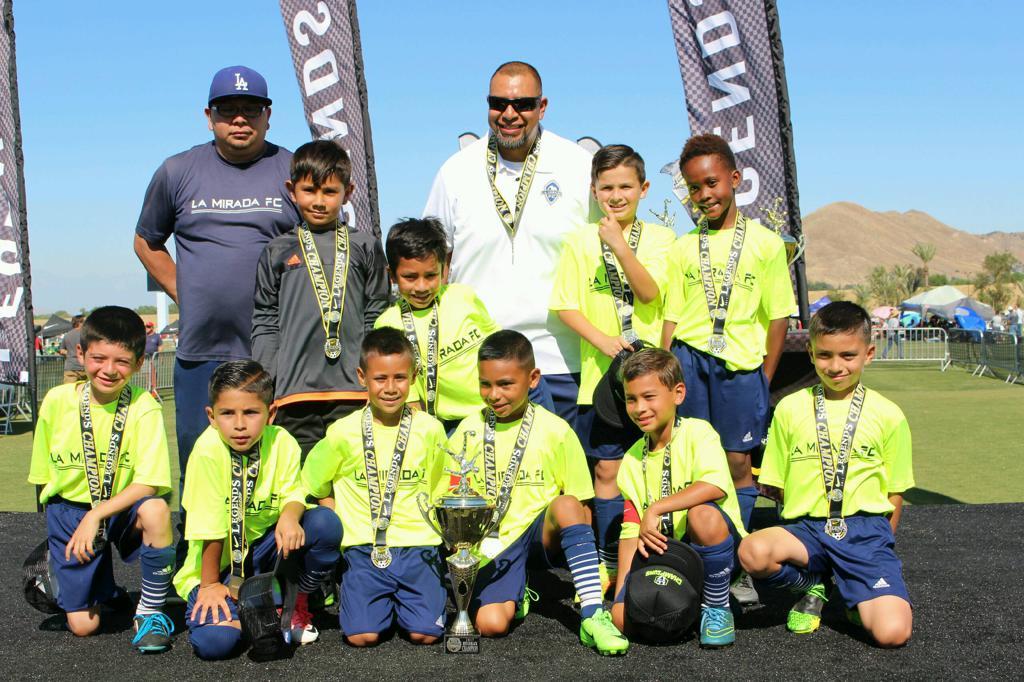 B09 Estrada Legends Classic Champions 2017