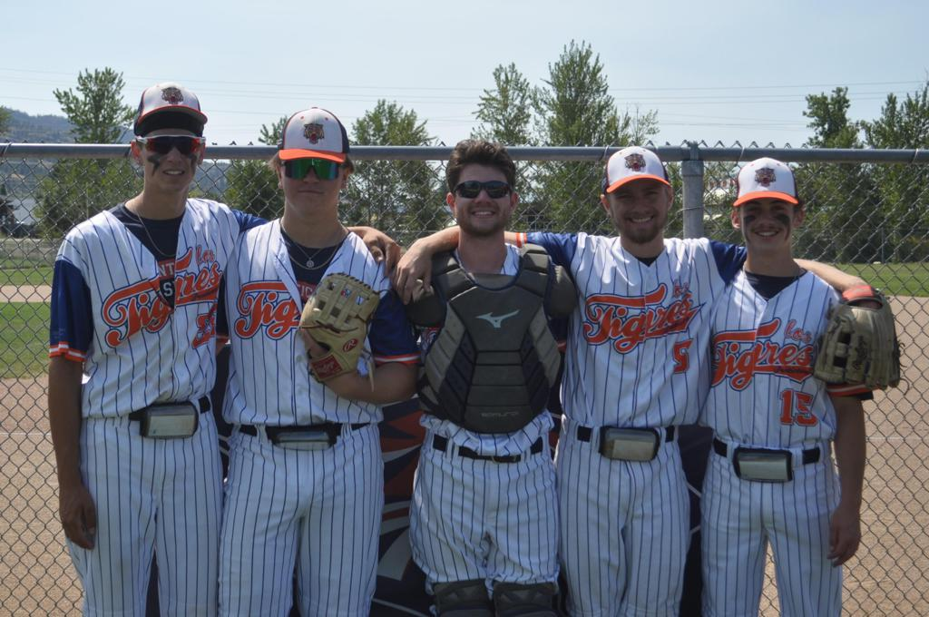 from left to right, Adrian Orioli, Dominic Delisle-Lavoie, Marlo Spence, Zach Annett and Luke MacIntyre