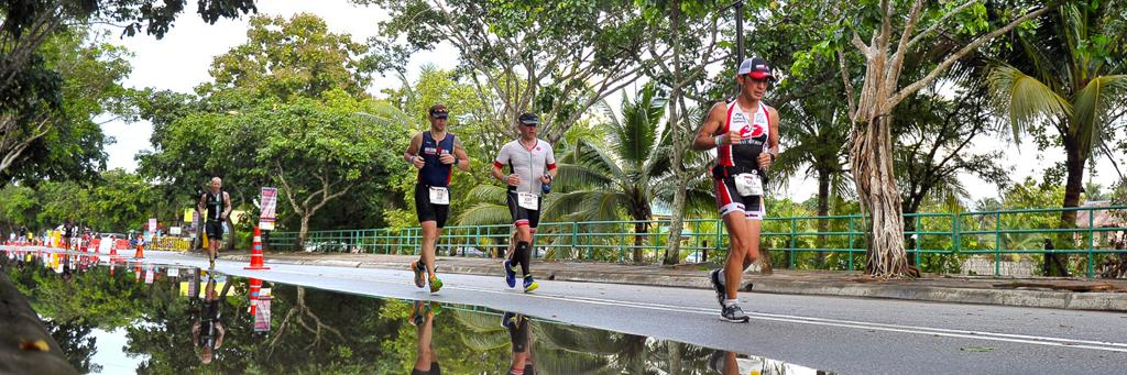 Runners participating in IRONMAN 70.3 Goseong