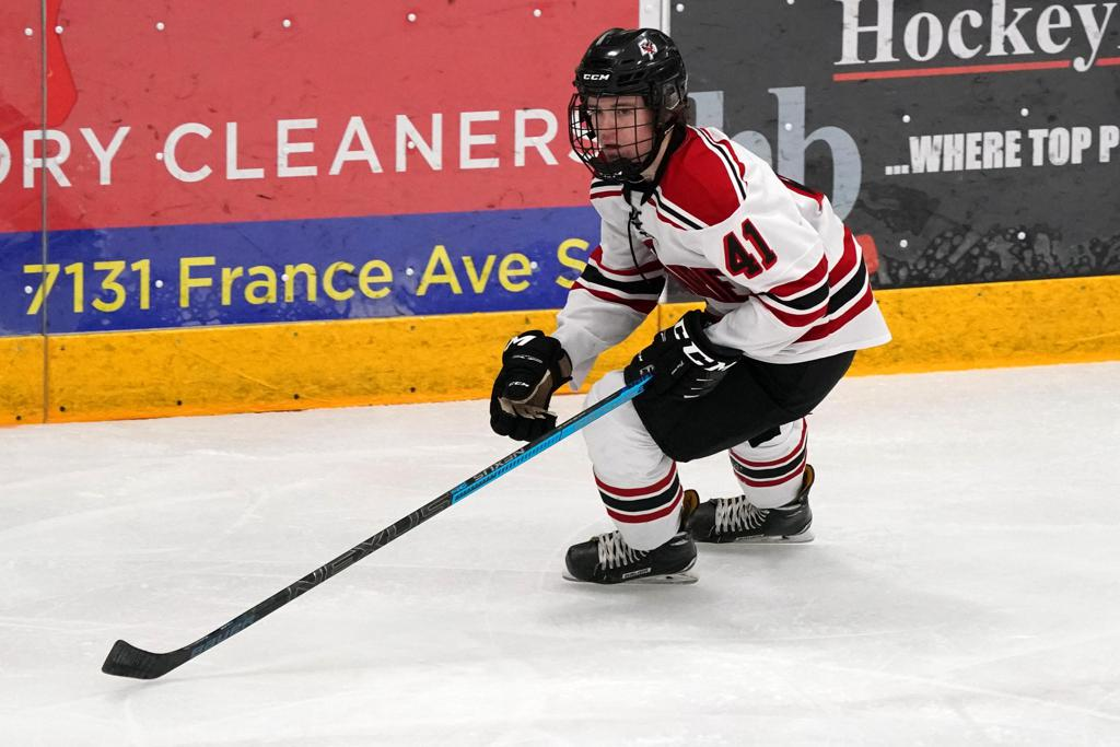 Kia Grand Rapids >> | Photos | Eden Prairie High School Boys Hockey