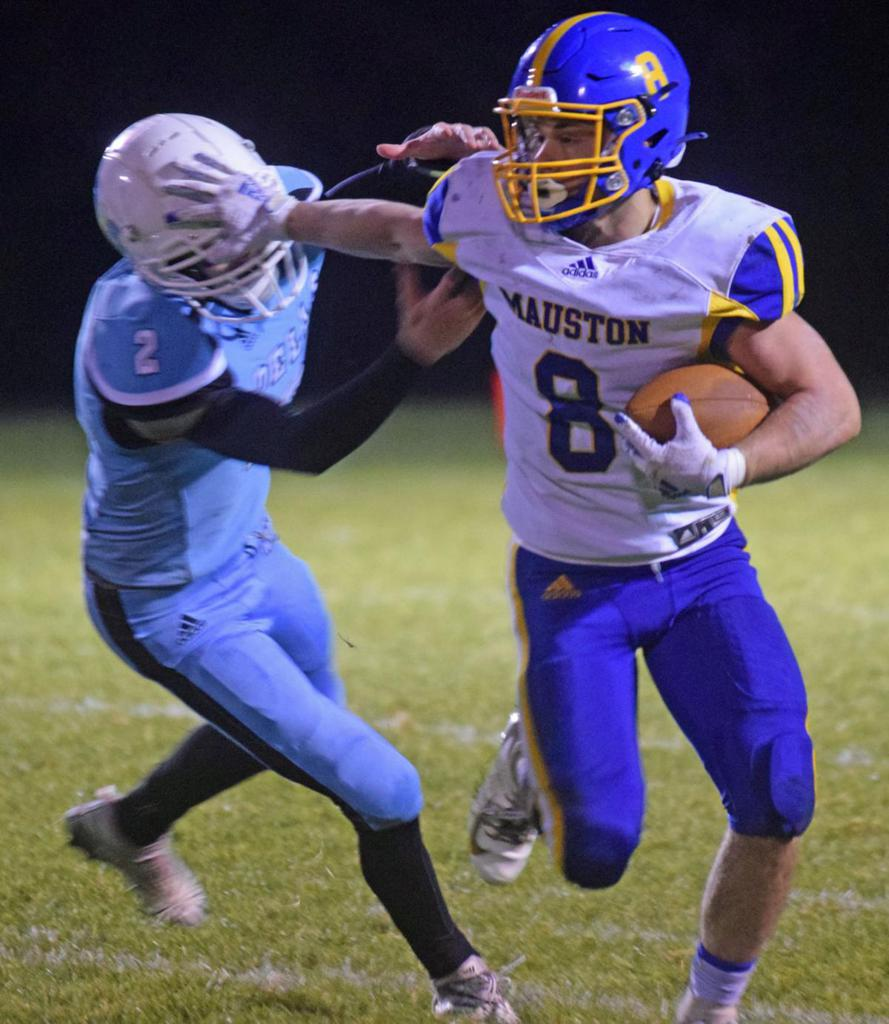 """Jack Luehman Named """"First Team South Central Conference Wide Receiver."""""""
