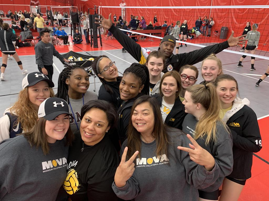 GIRLS 18 UA GOLD GETS BID FOR USAV NATIONALS IN DALLAS!!!