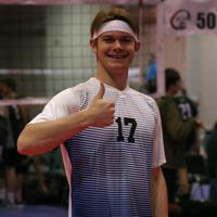 An Epic player gives the thumbs up before practice